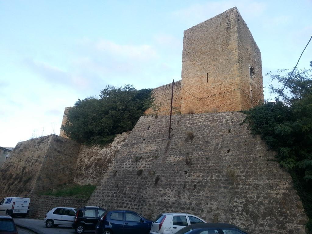 Castello Aragonese de 1392